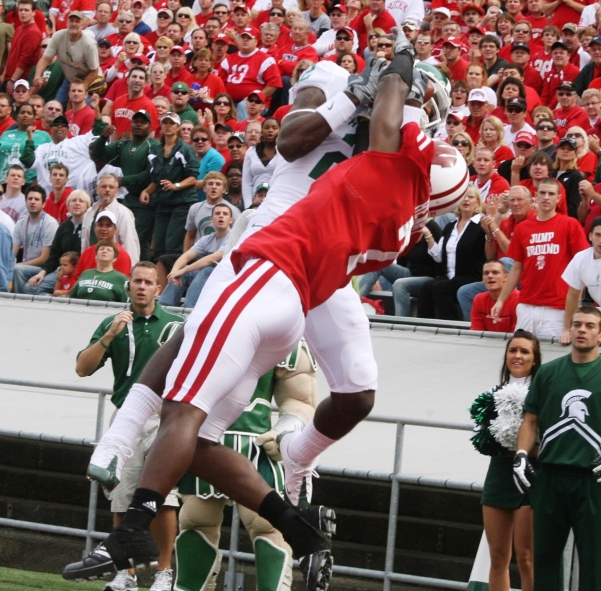 The Spartan Nation Thinks Mark Dell will Lead the Aerial Attack on Saturday.  Photo Courtesy of Bill Marklevits.