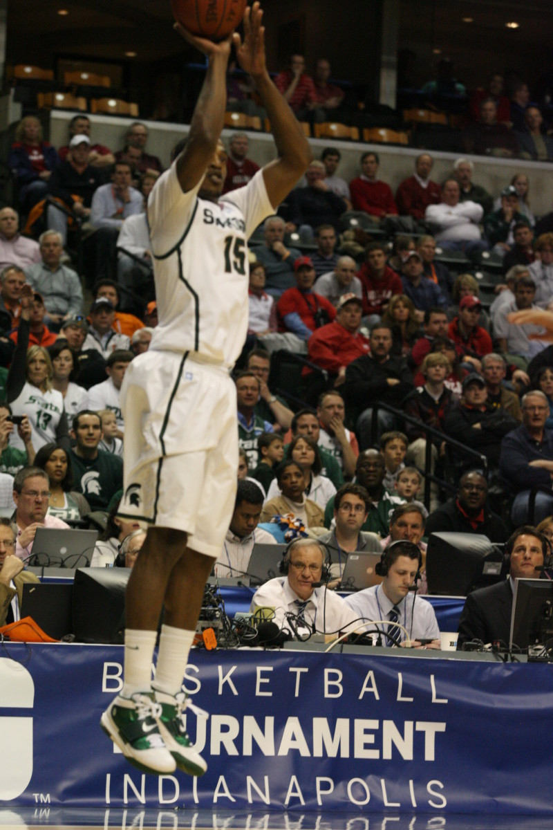 In the clutch Durrell Summers had a big three that put the Spartans ahead for good.  Photo courtesy of Bill Marklevits.