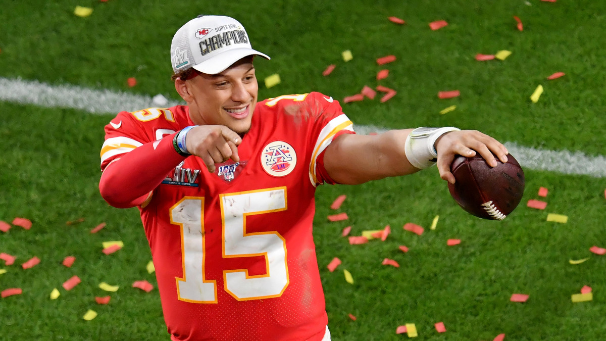 Mahomes has plenty of reasons to smile: He's likely to see $450 million between now and 2031.
