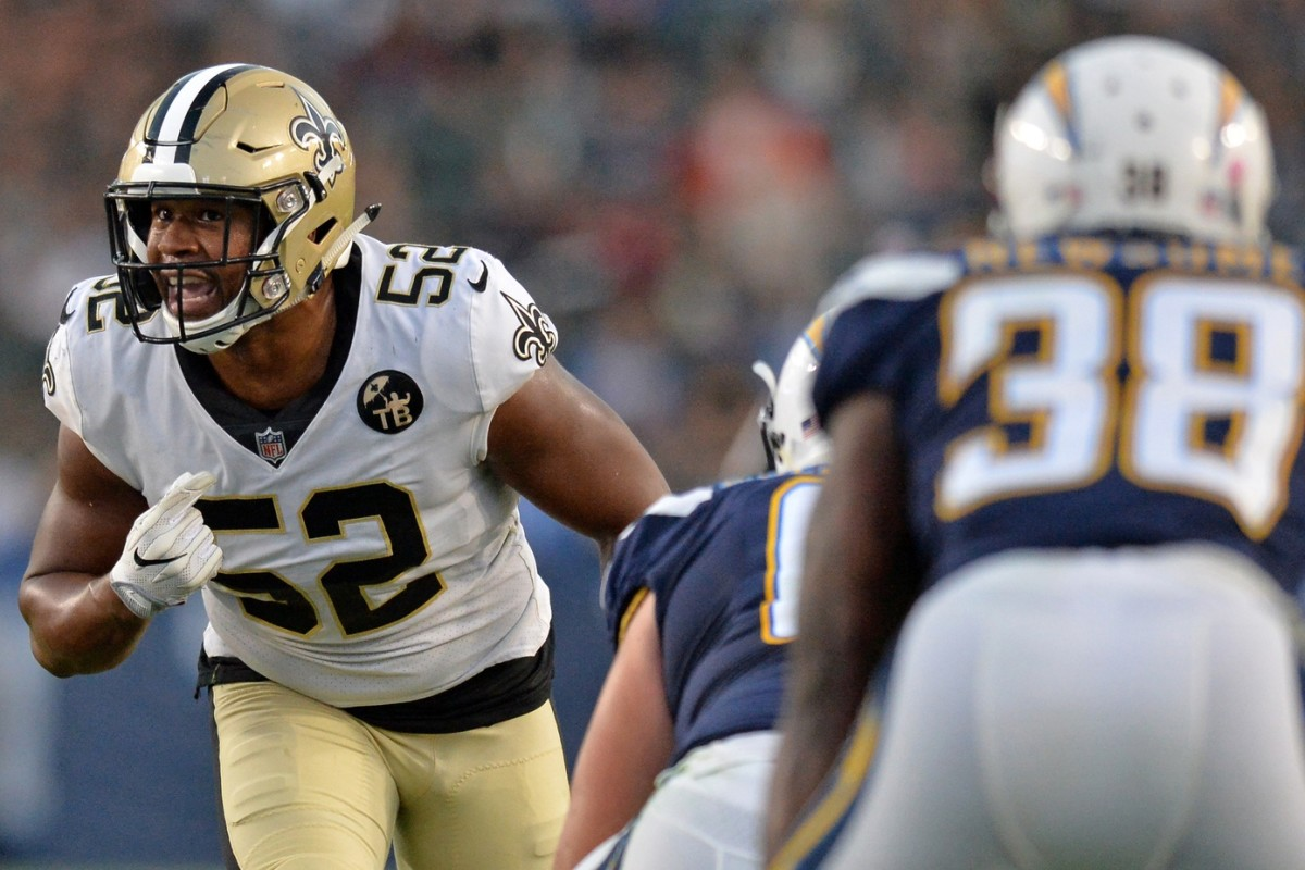 Aug 25, 2018; Carson, CA, USA; New Orleans Saints linebacker Craig Robertson (52) yells before the snap during the second half against the Los Angeles Chargers at StubHub Center. Mandatory Credit: Jake Roth-USA TODAY Sports
