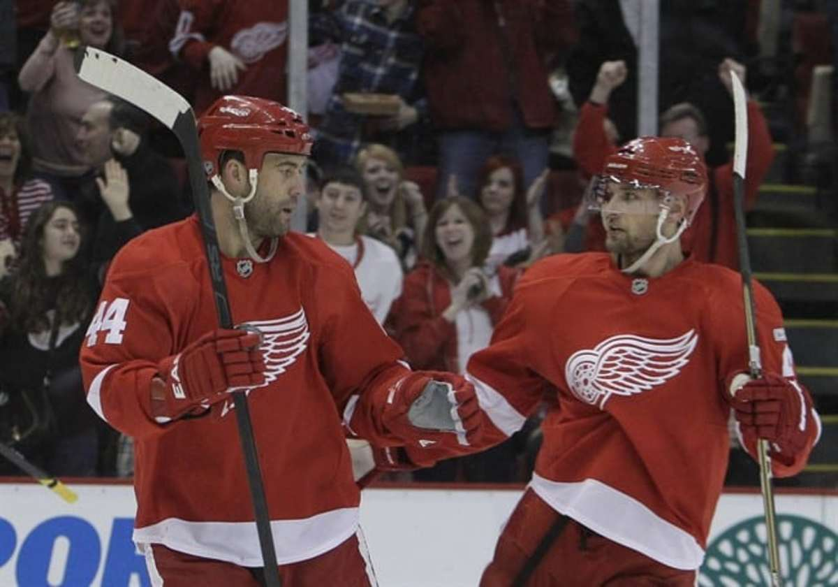 Red Wings sign F Todd Bertuzzi to 2-year, $4-plus million contract ...
