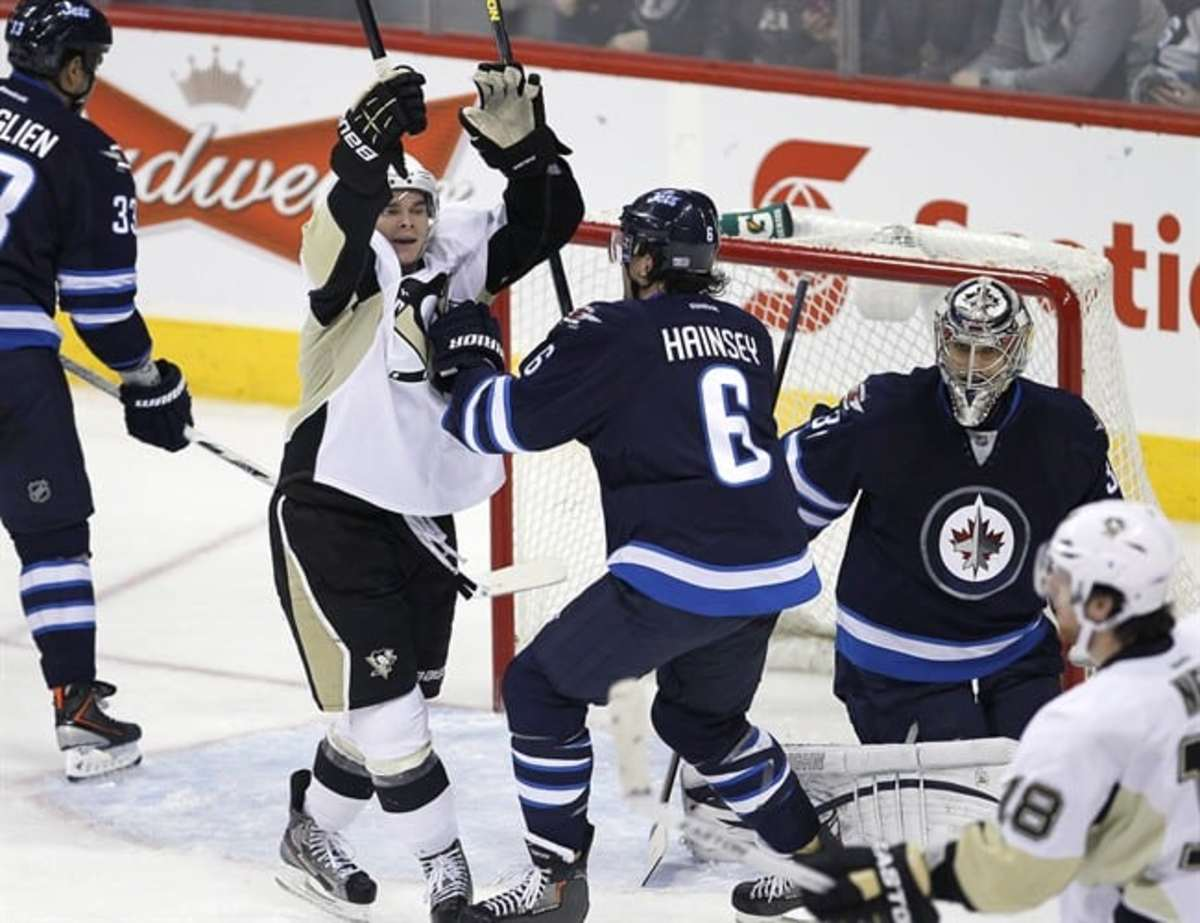 Craig Adams scores twice for Pittsburgh Penguins in 3-1 ...