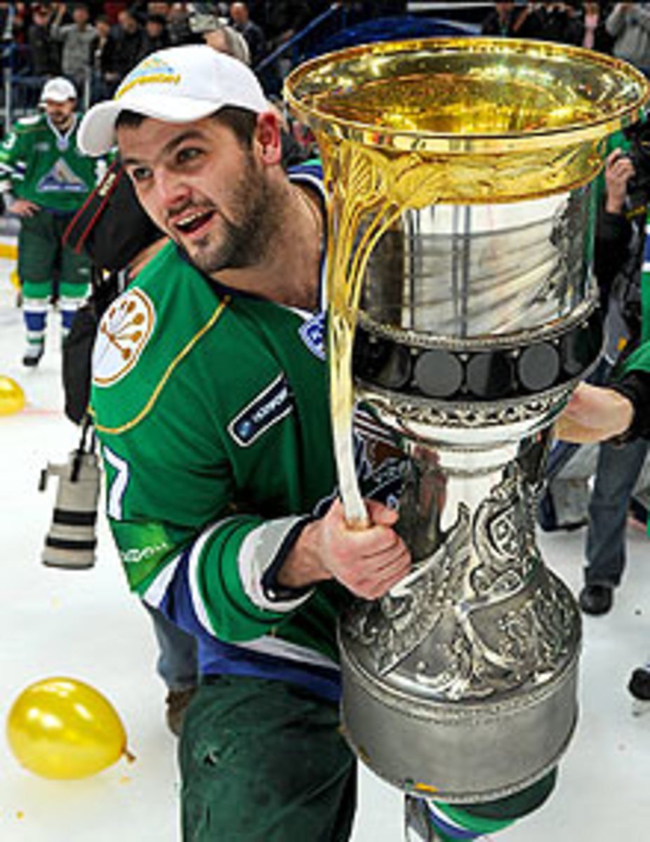 Alexander Radulov won a KHL title last season, but his team has already been eliminated from the playoffs this year – opening the door for a return to Nashville.