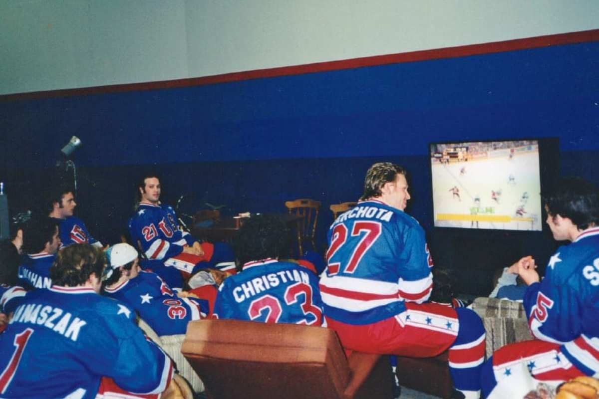 a way of life Between filming scenes, the players remained plugged into the hockey mentality. They kept their gear on and watched NHL games.