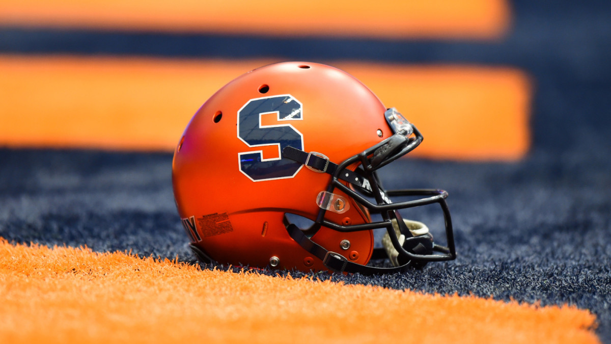 How Syracuse Football Uses Technology in Recruiting thumbnail