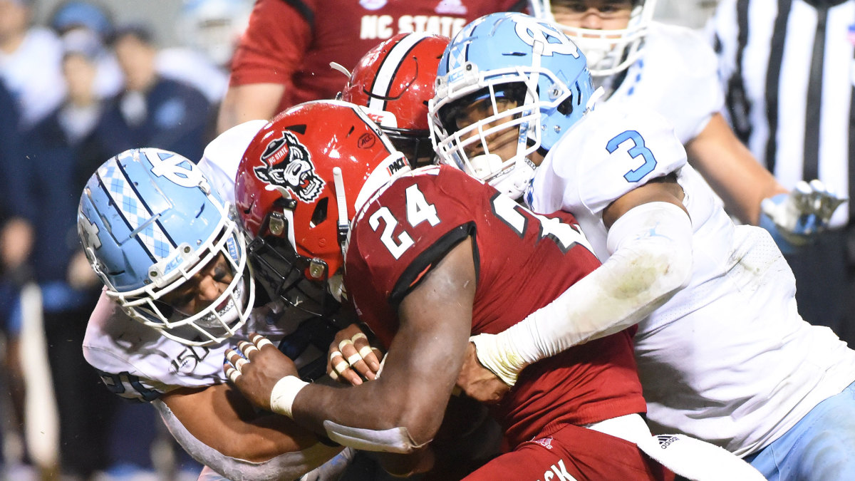 NC State takes on UNC in a 2019 NCAA football game