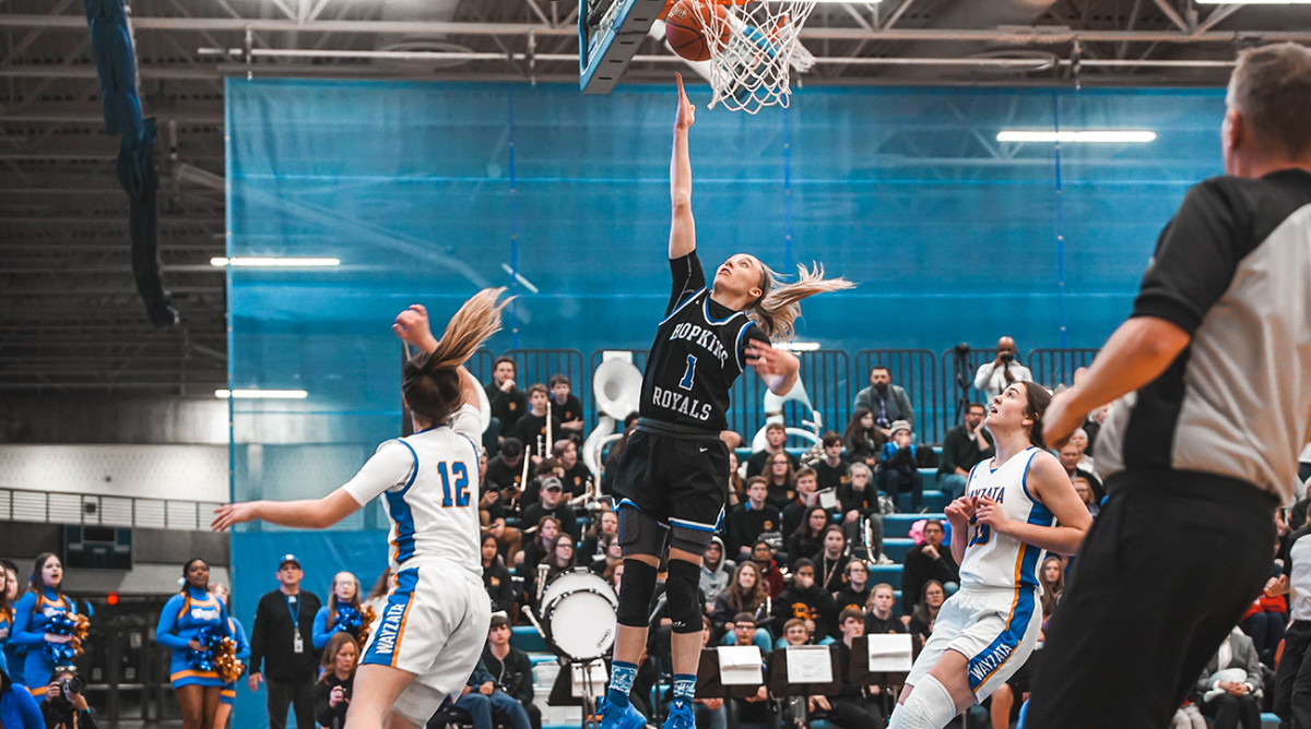 Paige Bueckers is the 2020 Gatorade high school female athlete of the year