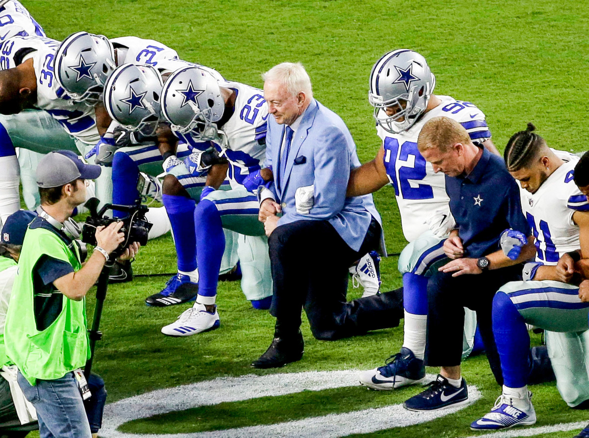 Jerry Jones, who kneeled with his players before, but not during, the anthem in 2017, said he hopes to reach a compromise with them this year.