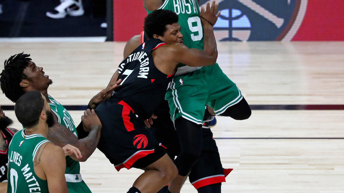 Kyle Lowry Credits 'Balls of Steel' After Shot Below the Belt – Sports Illustrated