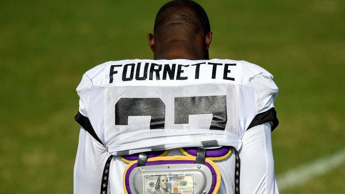 Fournette wore a C-note in his pads as a reminder of his quest to rush for 100 yards per game; if he does so, it won't be in Jacksonville.