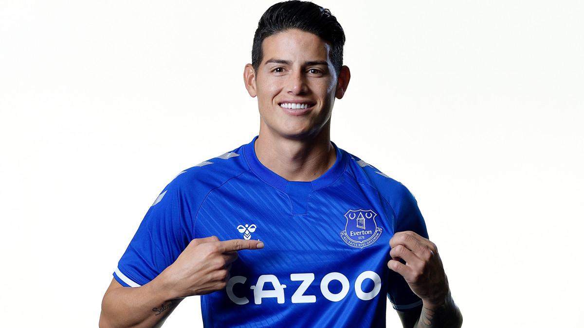 James Rodriguez signs with Everton