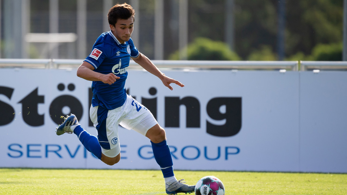 Nick Taitague will play with Schalke's first team