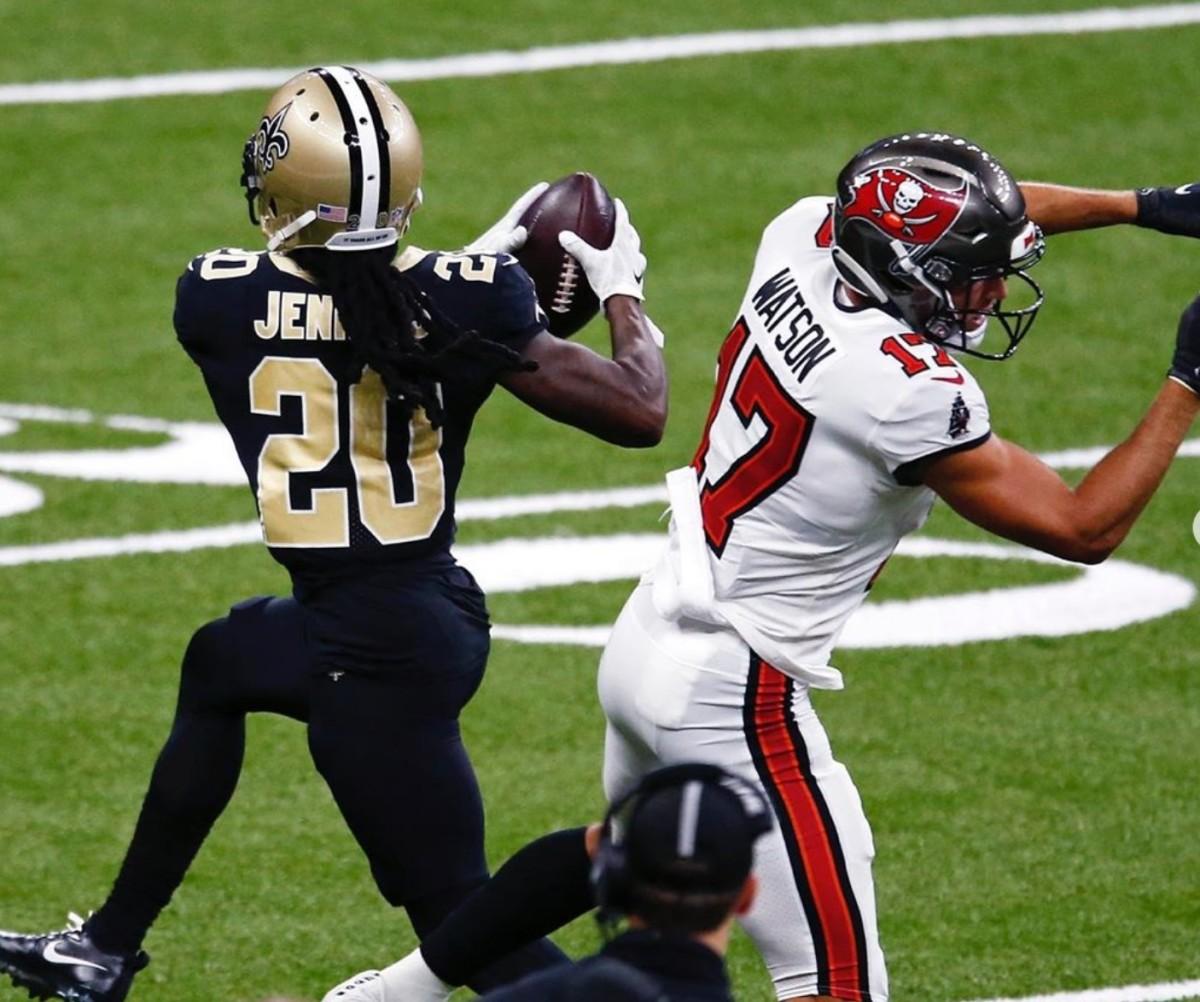 Janoris Jenkins intercepts Brady