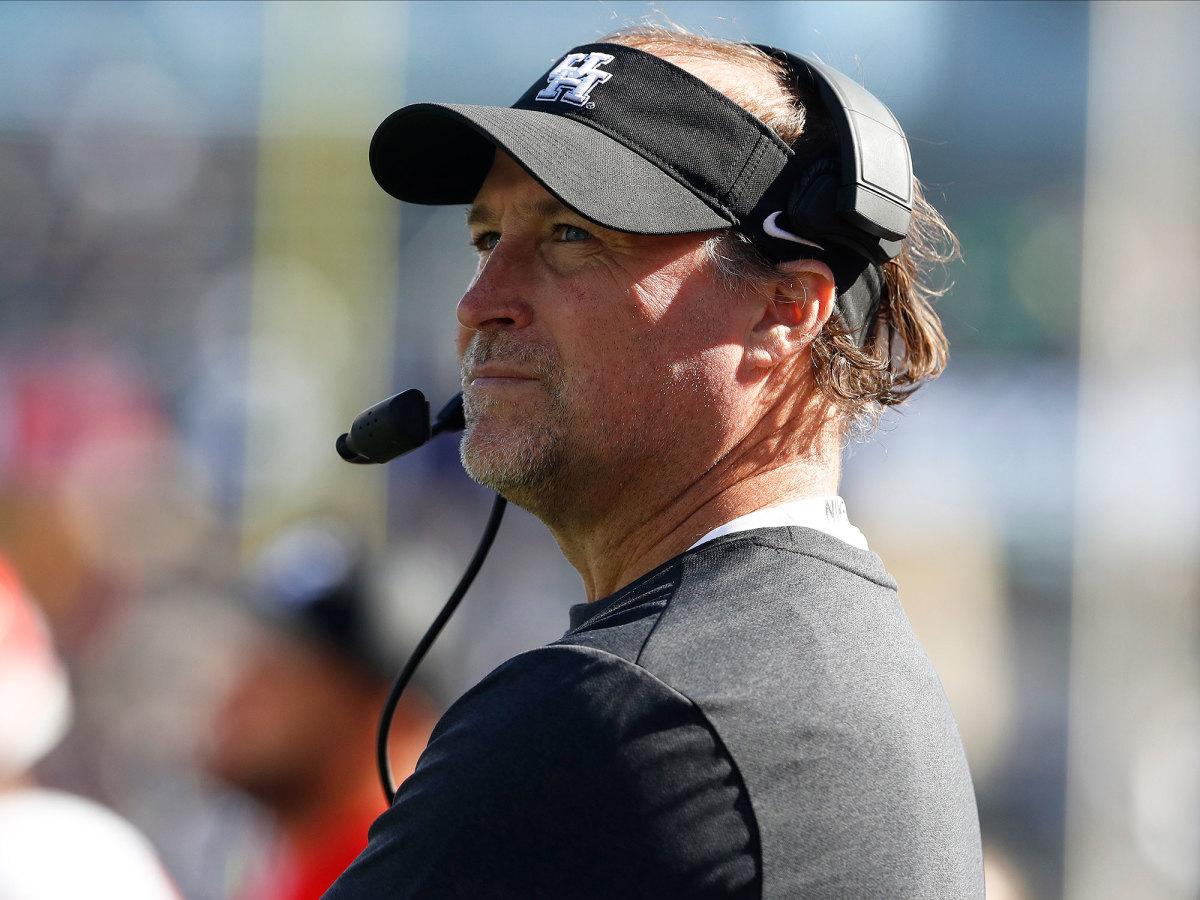 Houston coach Dana Holgersen