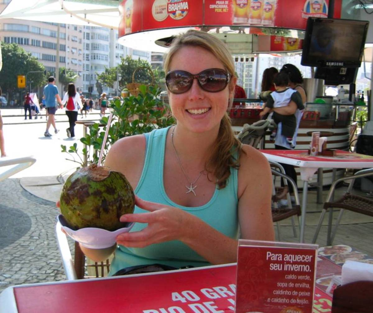 Hollie goes Coconuts in Rio!
