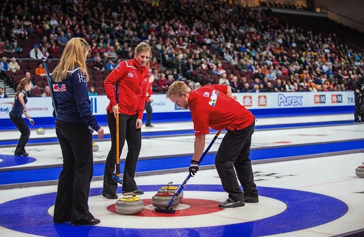 Amazing scenes – they're curling in Las Vegas!