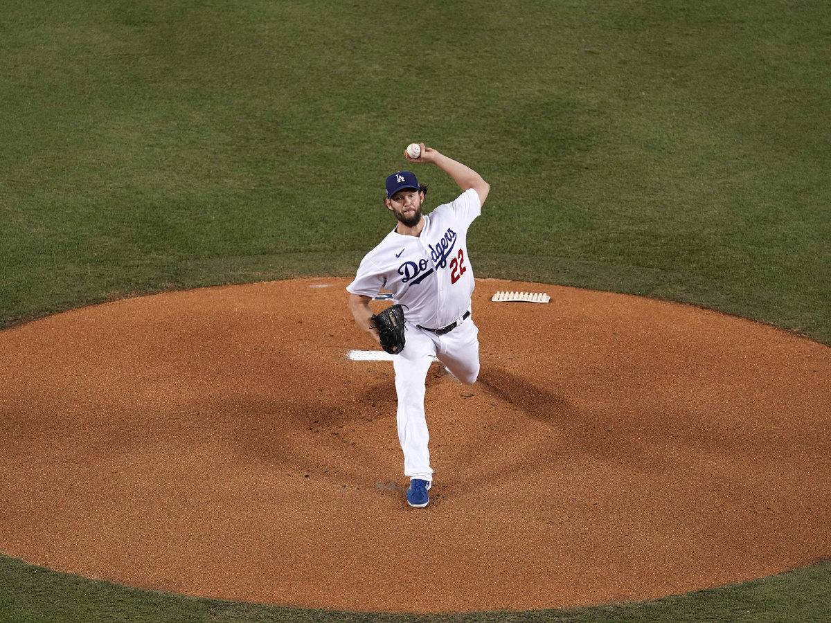 Clayton Kershaw pitching