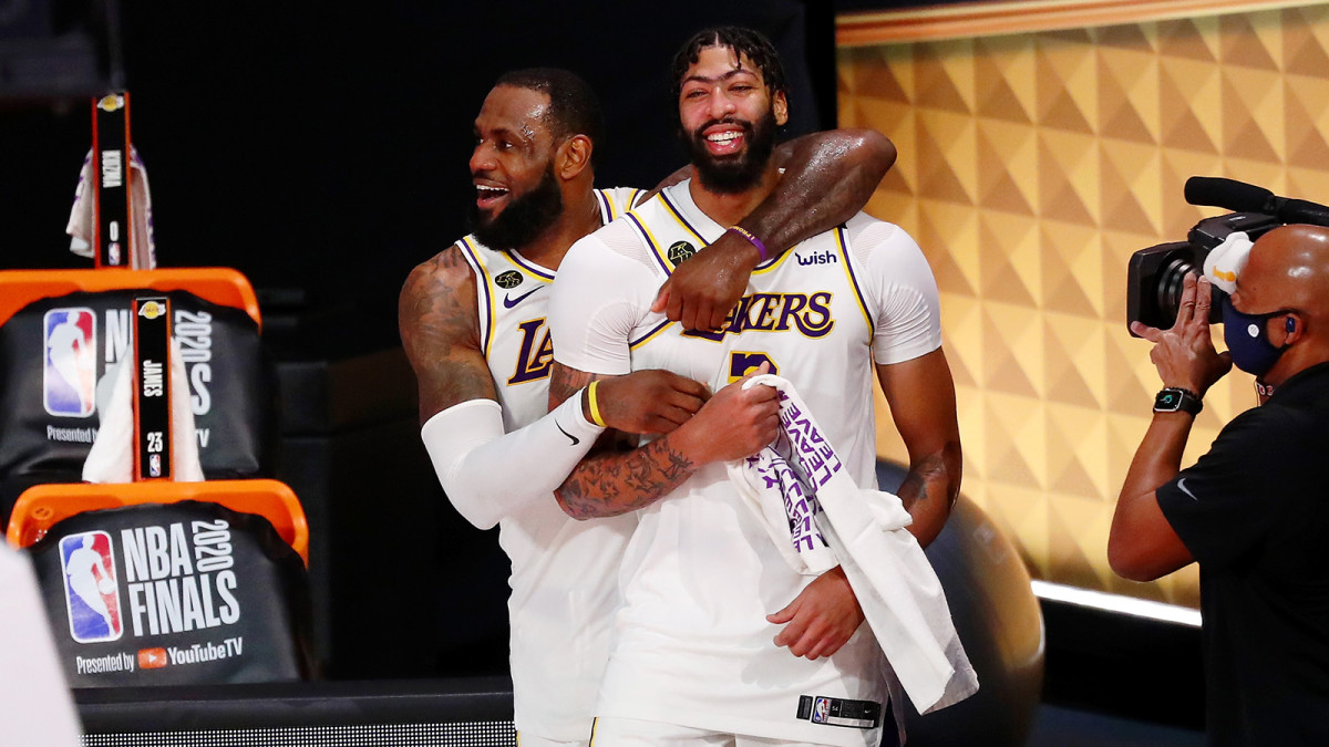 LeBron James and Anthony Davis celebrates after the Lakers win NBA championship