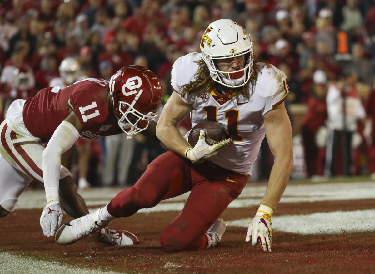 Iowa State, shown here in the win over Oklahoma, is loaded with tight ends and that includes Chase Allen (11)