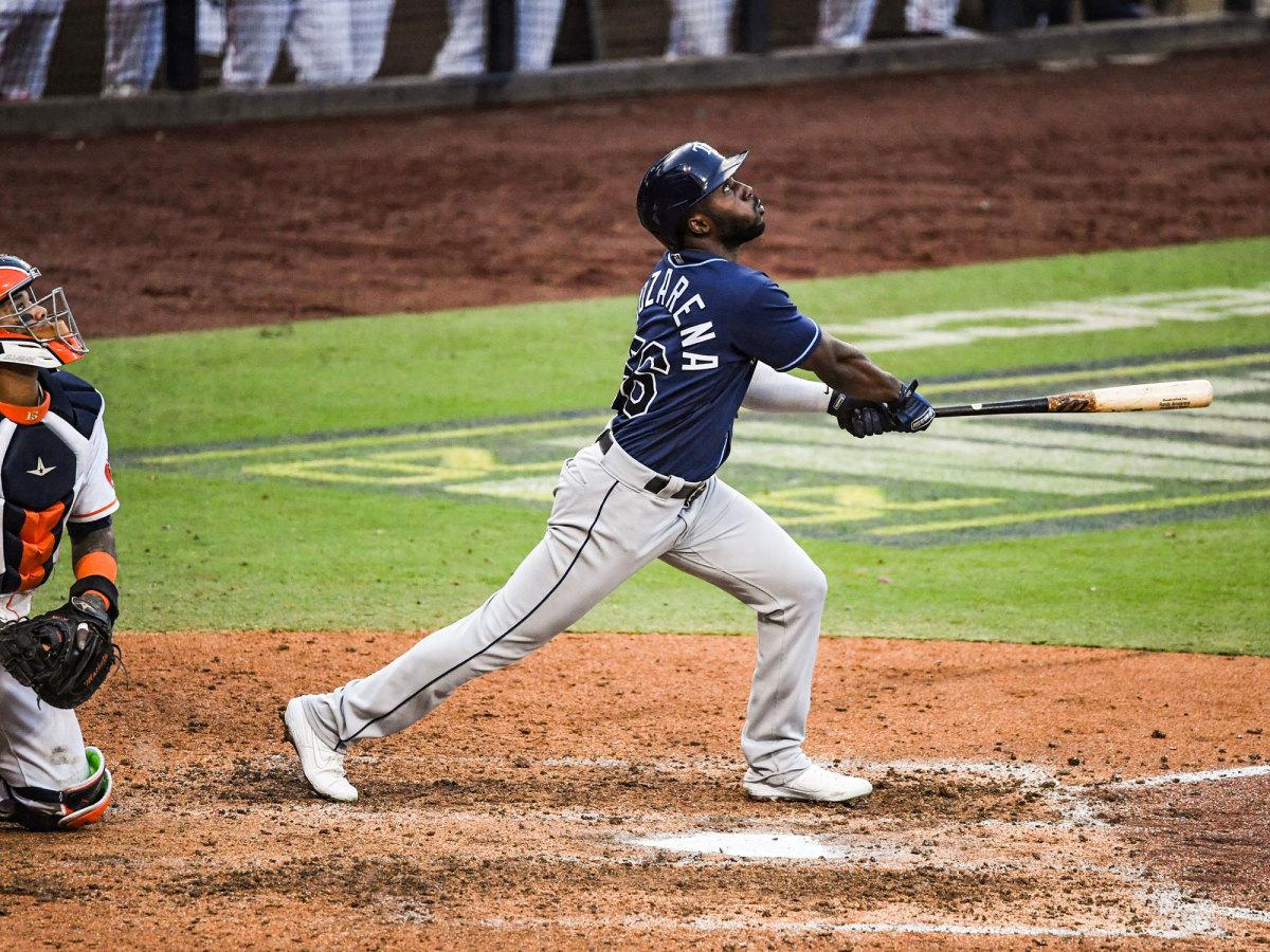 Randy Arozarena swings