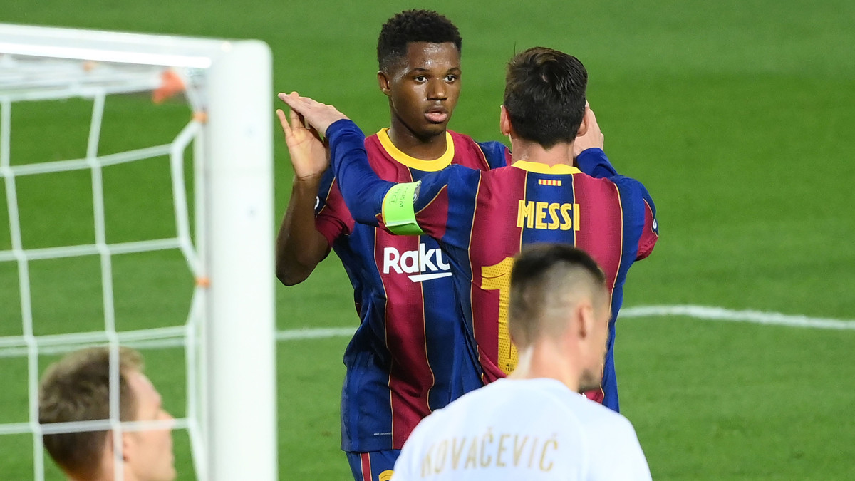 Messi, 17-Year-Old Duo Lead Barcelona in Champions League-Opening Win