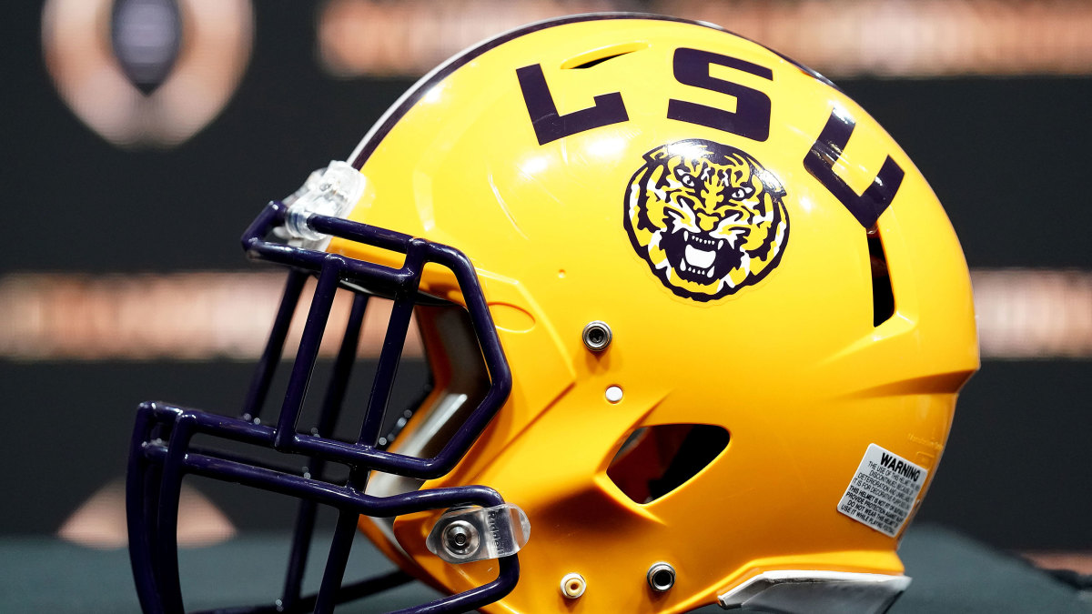 LSU Football Self-Imposes Penalties Bans Odell Beckham Jr. from Facilities for Two Years – Sports Illustrated