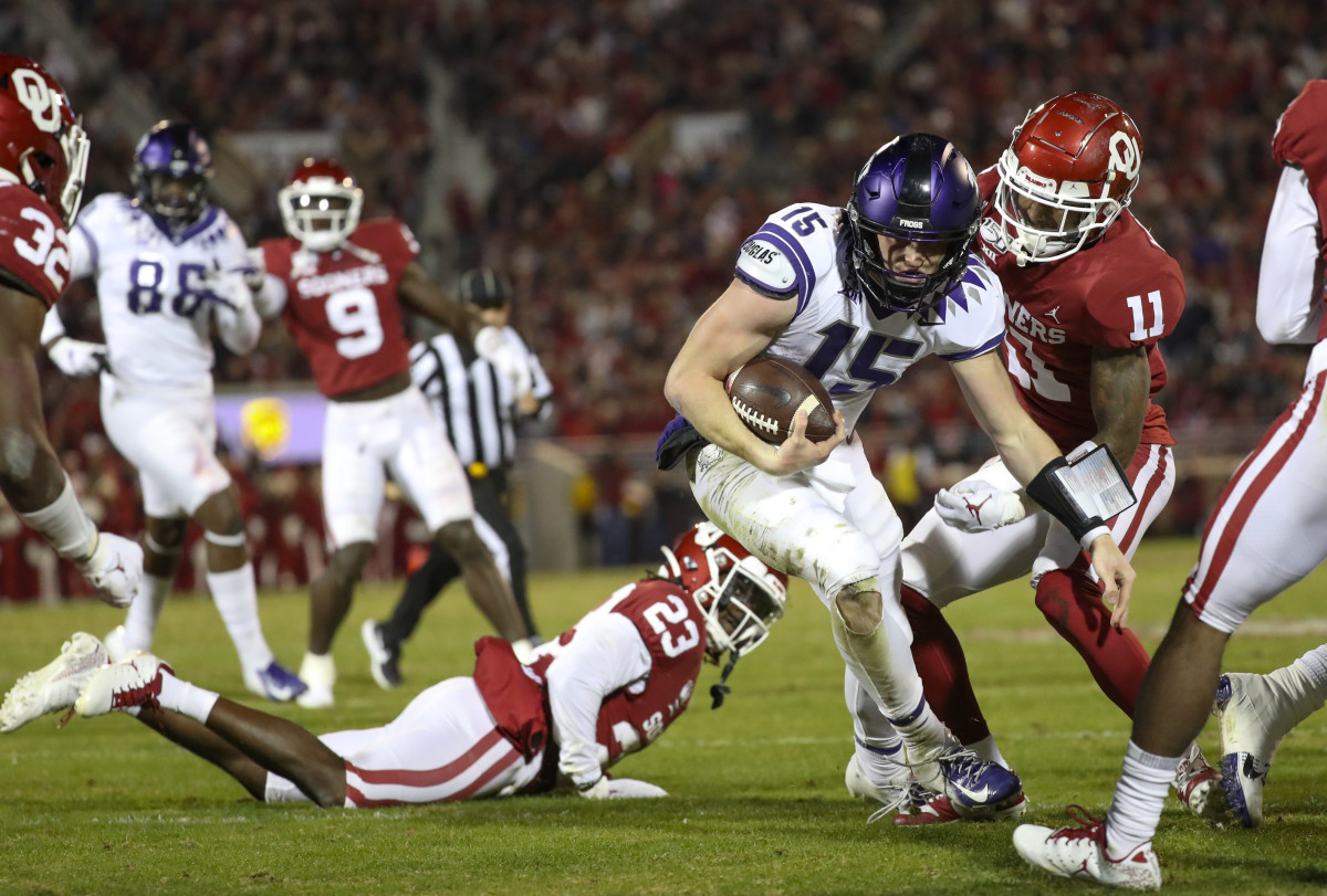 TCU quarterback Max Duggan runs for a third-quarter touchdown against the Sooners.