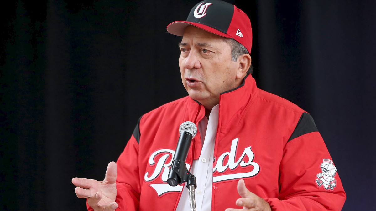 Hall of Famer Johnny Bench on His Upcoming Auction, the Current State of Baseball, and His Former Teammate Joe Morgan