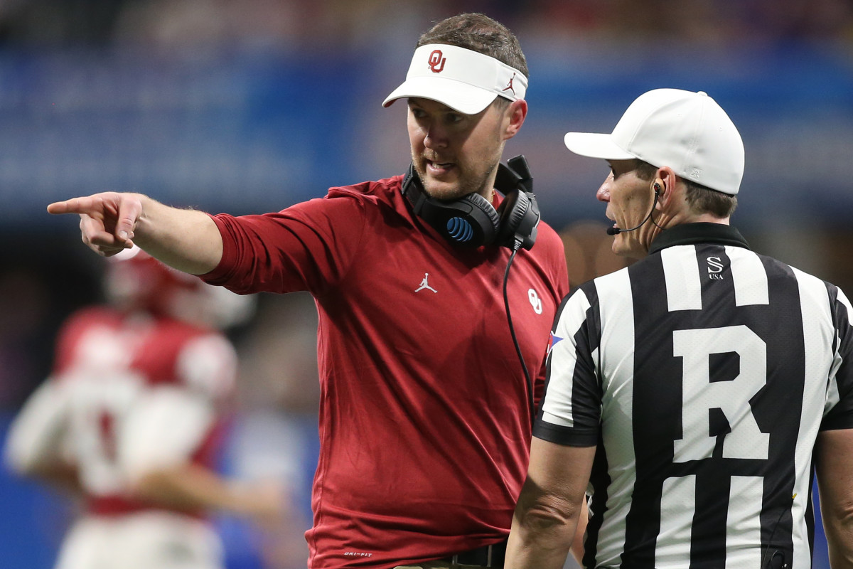 Lincoln Riley appeals another penalty flag