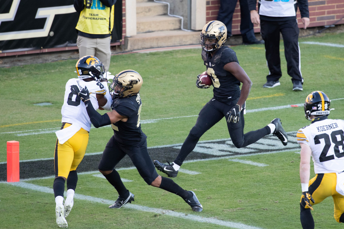 David Bell coasts in for one of his three Purdue touchdowns.