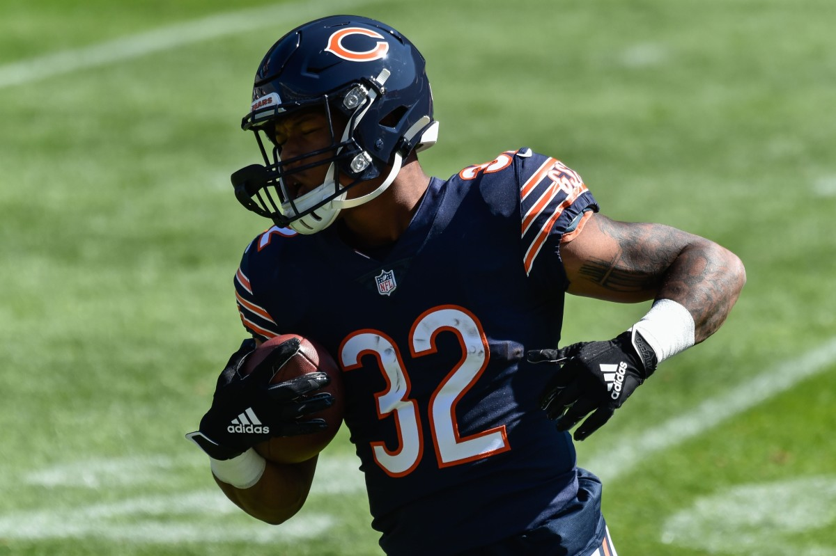 Sep 20, 2020; Chicago, Illinois, USA; Chicago Bears running back David Montgomery (32) warms up before the game against the New York Giants at Soldier Field. Mandatory Credit: Jeffrey Becker-USA TODAY Sports