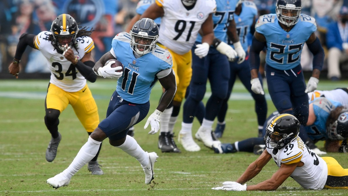 Tennessee Titans wide receiver A.J. Brown breaks free against the Pittsburgh Steelers.