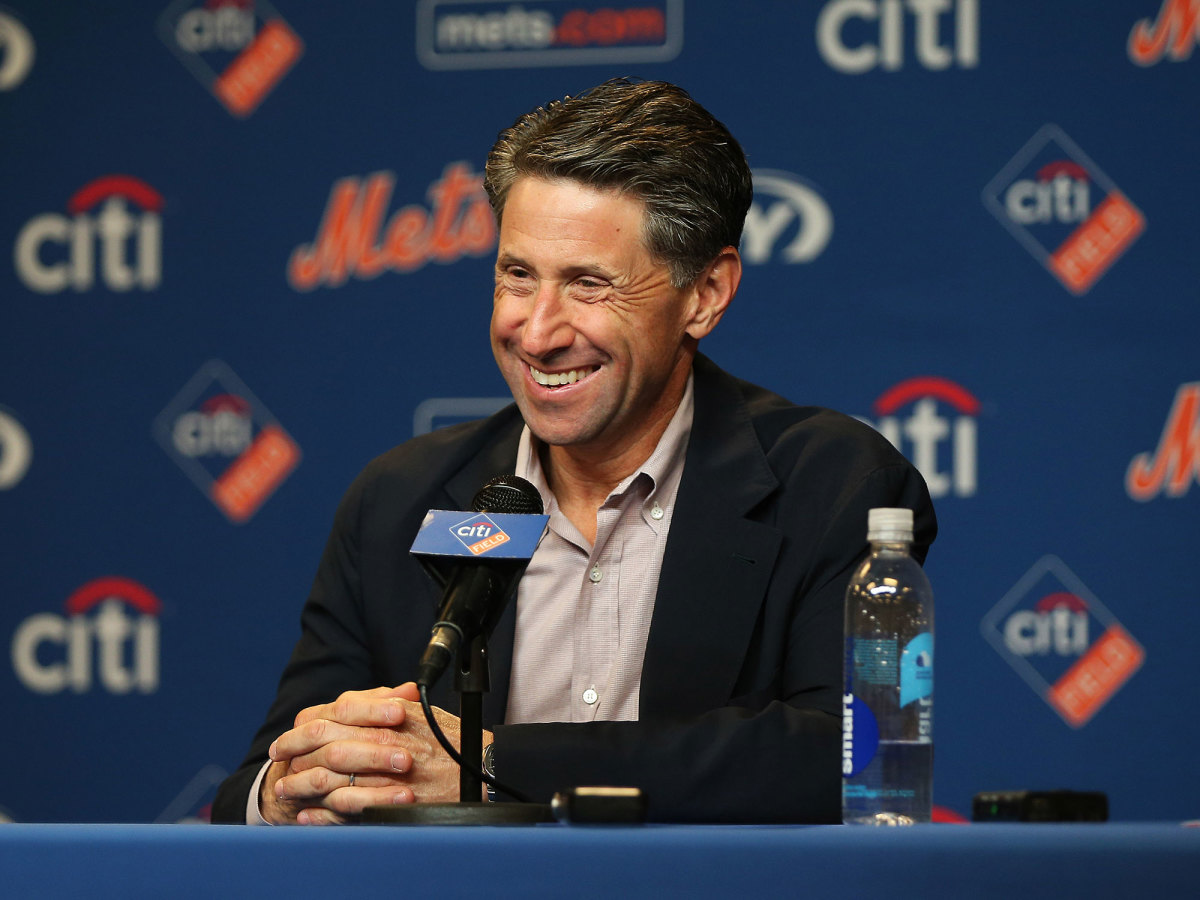 Jeff Wilpon at a podium