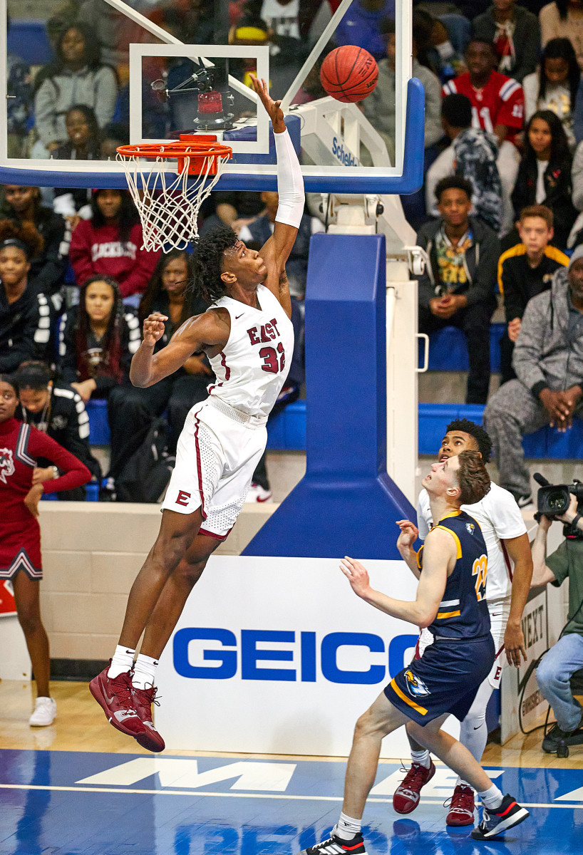 Wiseman's above-the-rim athleticism—shown here in high school—is exactly what NBA teams are looking for in the modern big man.
