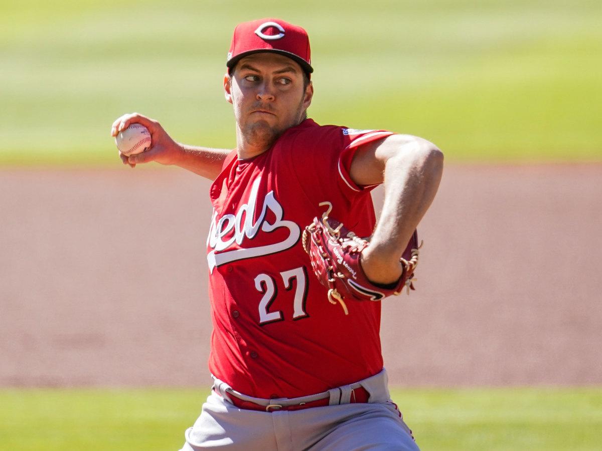 Trevor Bauer pitching