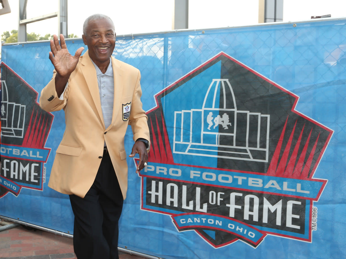 Former Browns receiver Paul Warfield arrives during the 2017 Pro Football Hall of Fame enshrinement ceremonies. He is one of several Hall of Famers who were drafted by the Browns.