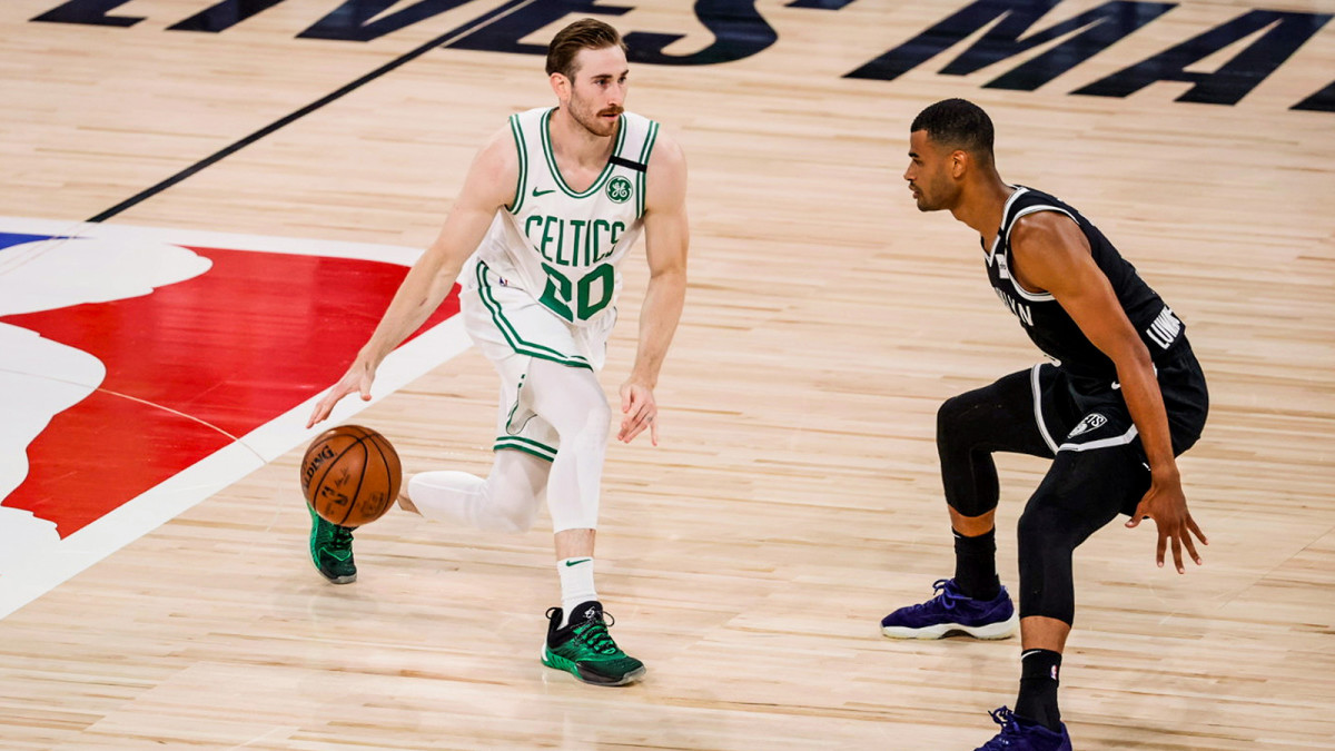 Gordon Hayward dribbles up the court in the NBA bubble