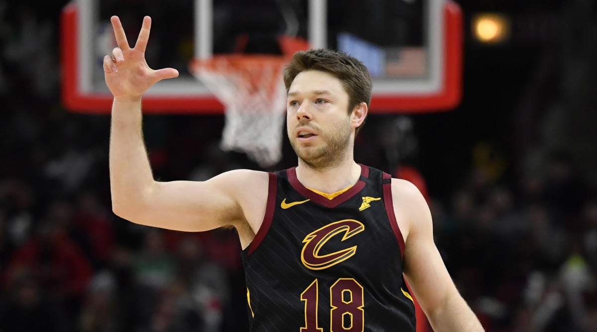 Matthew Dellavedova to re-sign with Cleveland Cavaliers thumbnail