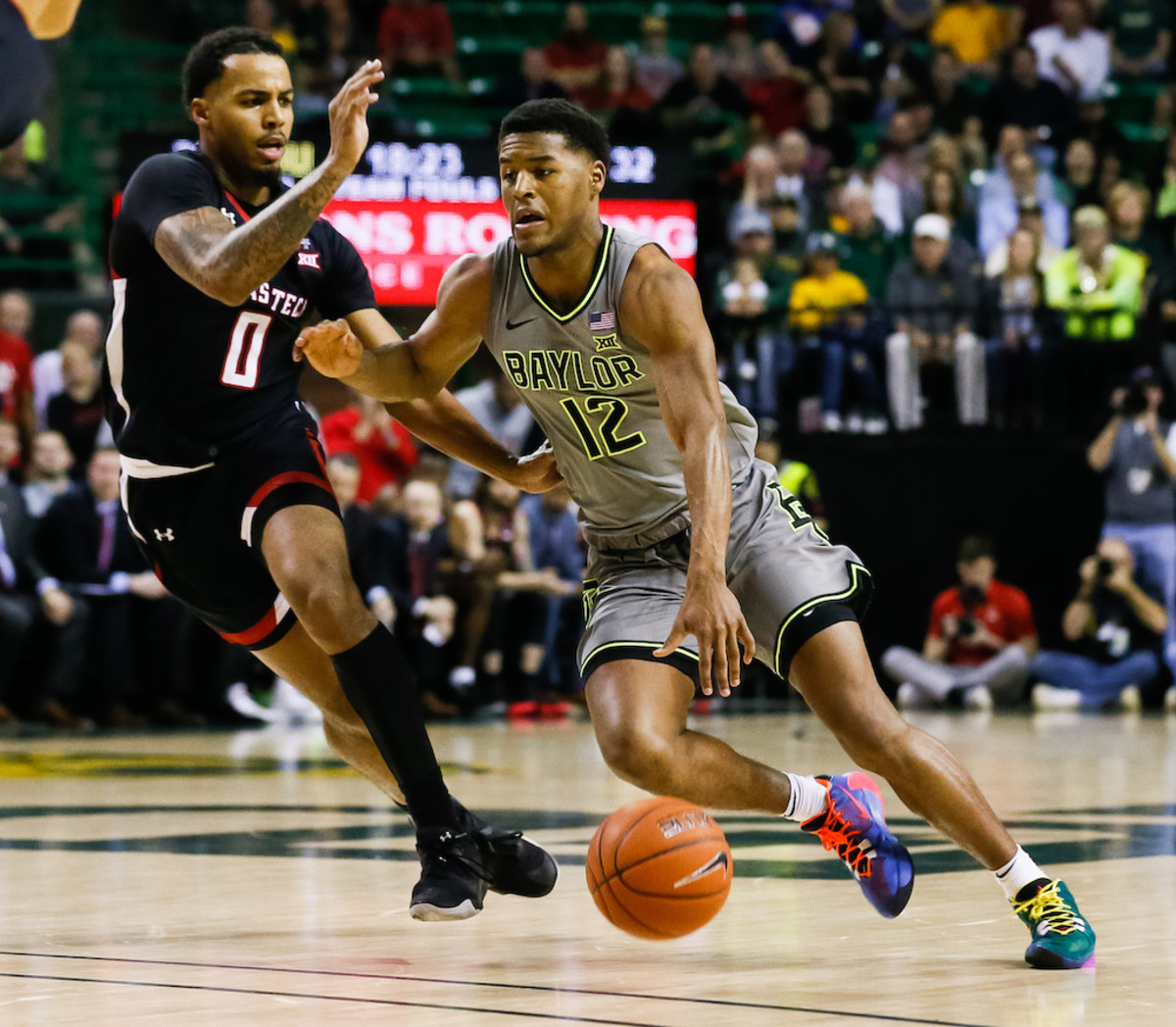 2020-21 College Basketball Betting Preview: Odds, Favorites, Props, and Picks to Cut Down the Nets