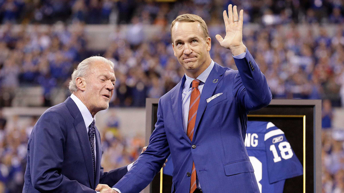 Peyton Manning is among the group of semifinalists for the Pro Football Hall of Fame class of 2021.