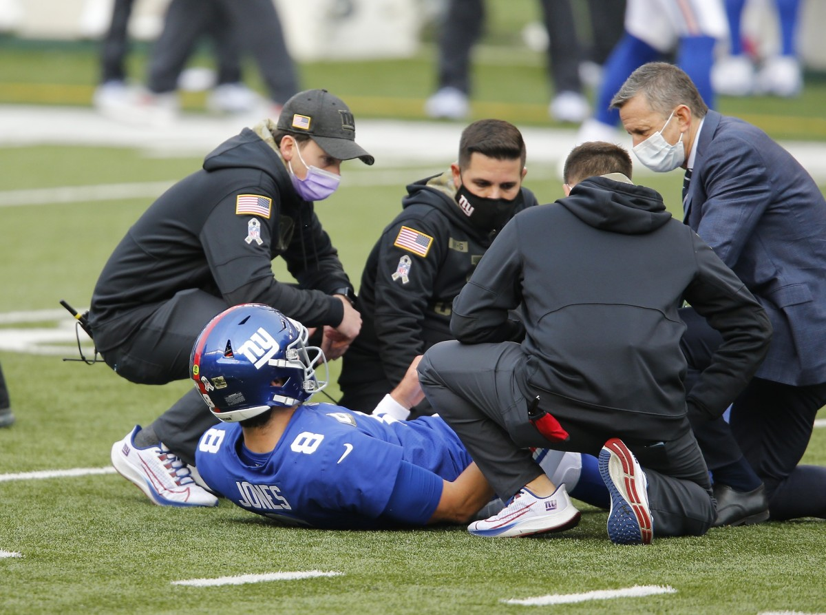 Daniel Jones Limited in Practice - Giants Week 15 Injury Report - NYGiantsmaven