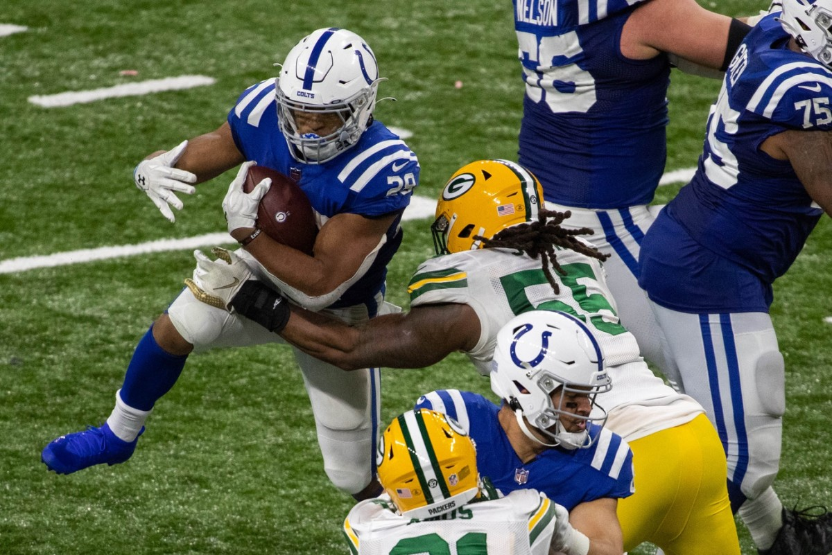 "Indianapolis Colts rookie running back Jonathan Taylor, placed on the reserve/COVID-19 list on Saturday, has been confirmed as a ""close contact"" case, which means he was in contact with someone who tested positive. If he has five consecutive negative COVID-19 tests, he can return to play Sunday."