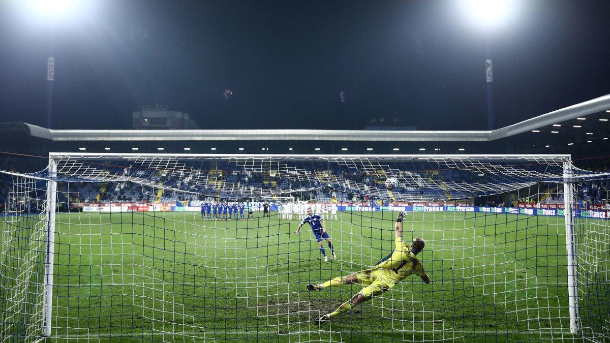 Bosnia-Herzegovina vs. Northern Ireland in a penalty shootout