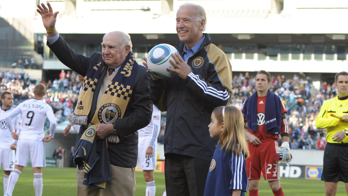 Joe Biden with Walter Bahr at the Philadelphia Union's first home game in 2010