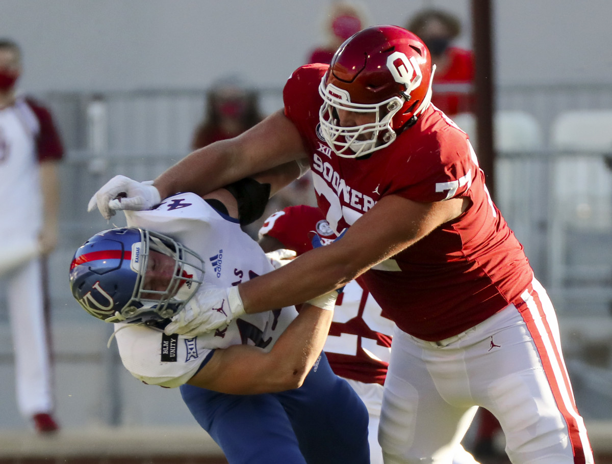 Erik Swenson will probably have to move to right tackle to continue starting for the Oklahoma Sooners this fall.