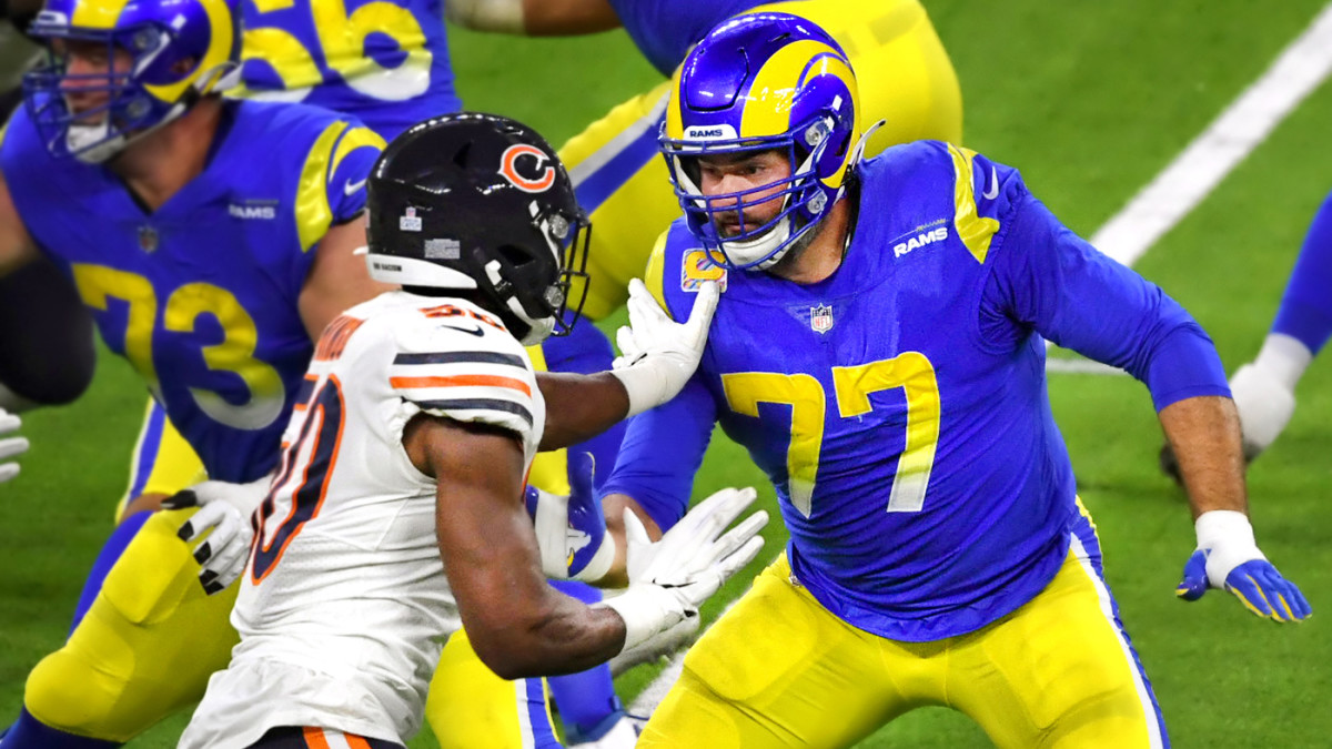 Andrew Whitworth of the Rams blocks a Bears player during a game in 2020
