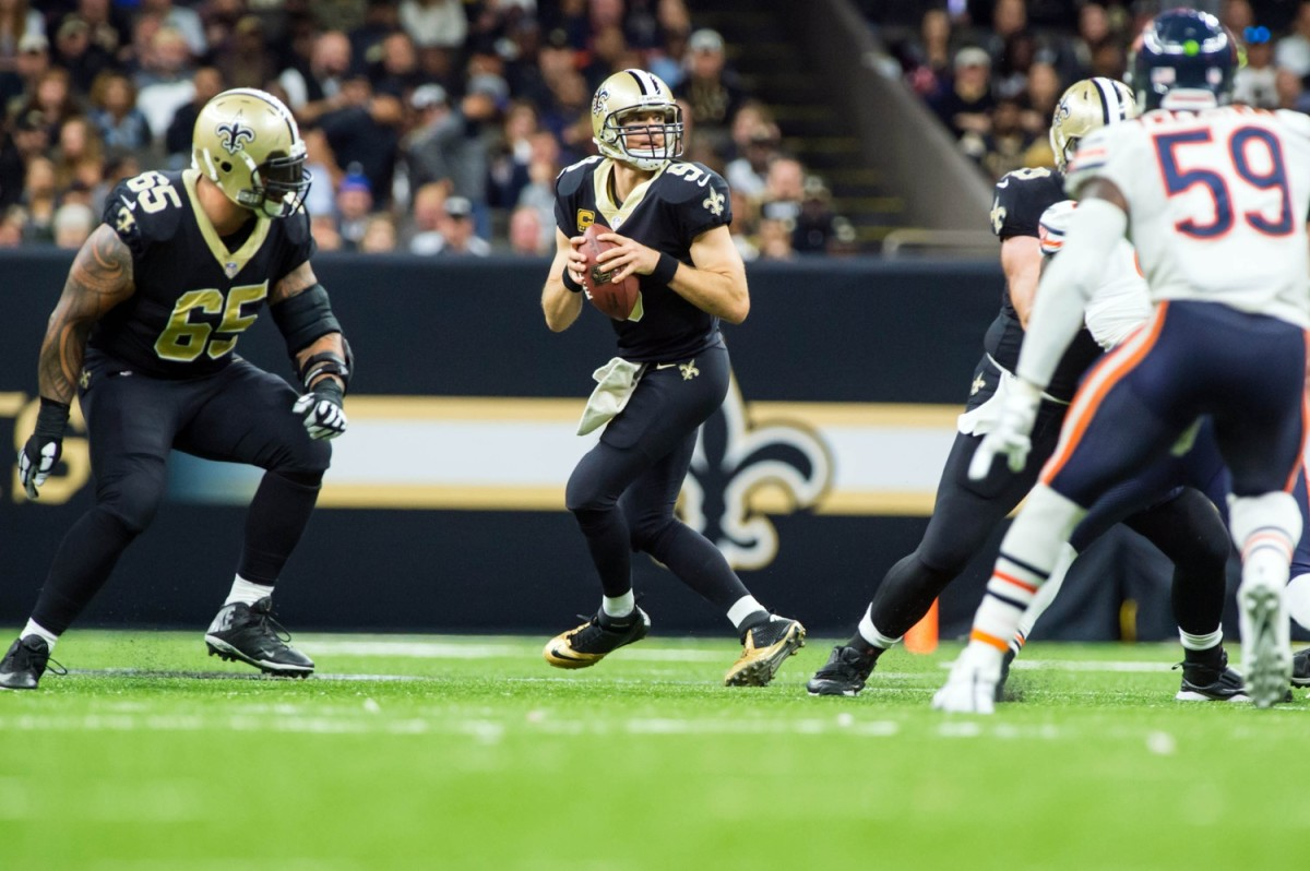 Oct 29, 2017; New Orleans, LA, USA; New Orleans Saints quarterback Drew Brees throws a pass against the Chicago Bears at the Mercedes-Benz Superdome. Mandatory credit: Scott Clause/The Advertiser vis USA TODAY