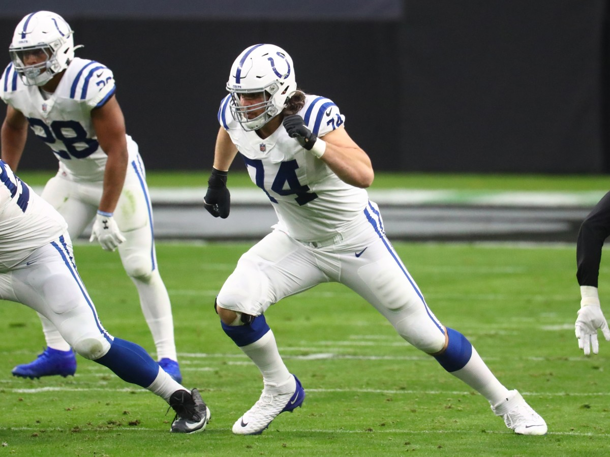 Indianapolis Colts offensive left tackle Anthony Castonzo prepares to block in a road win at Las Vegas in 2020.