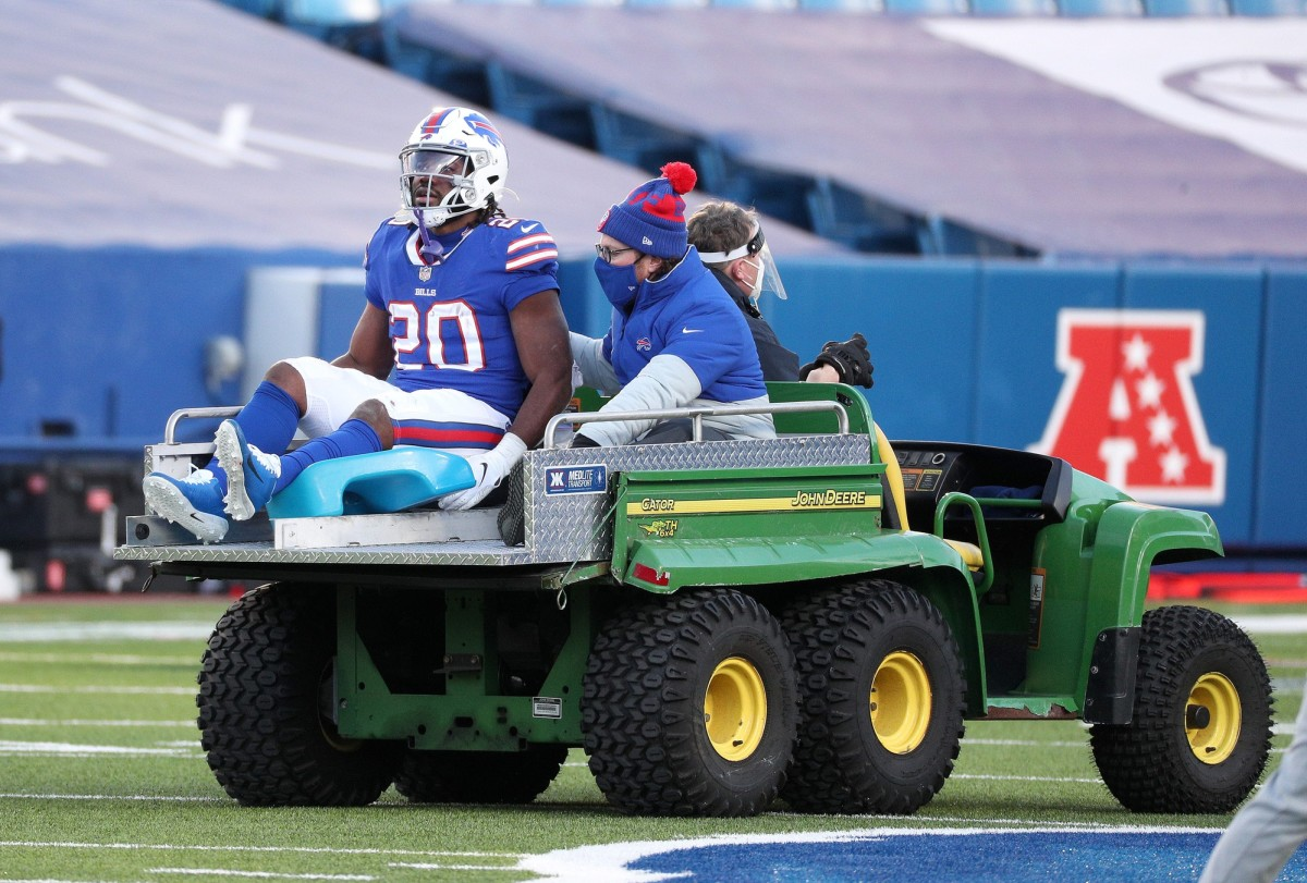 Bills rookie running back Zack Moss need to be carted off the field after suffering a leg injury