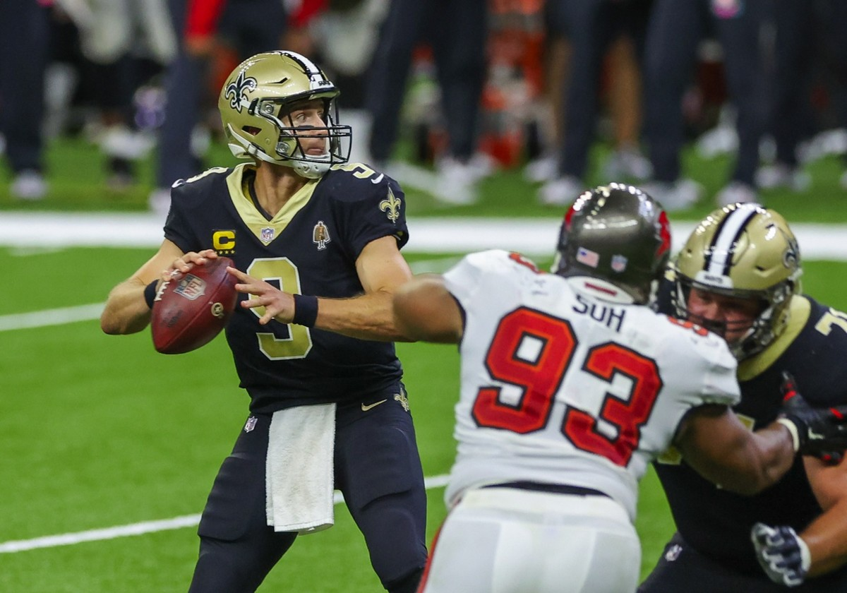 Sep 13, 2020; New Orleans, Louisiana, USA; New Orleans Saints quarterback Drew Brees (9) throws against the Tampa Bay Buccaneers during the second half at the Mercedes-Benz Superdome. Mandatory Credit: Derick E. Hingle-USA TODAY Sports
